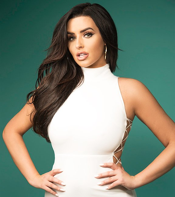 10 Steps to Success from Instagram Icon Abigail Ratchford ...