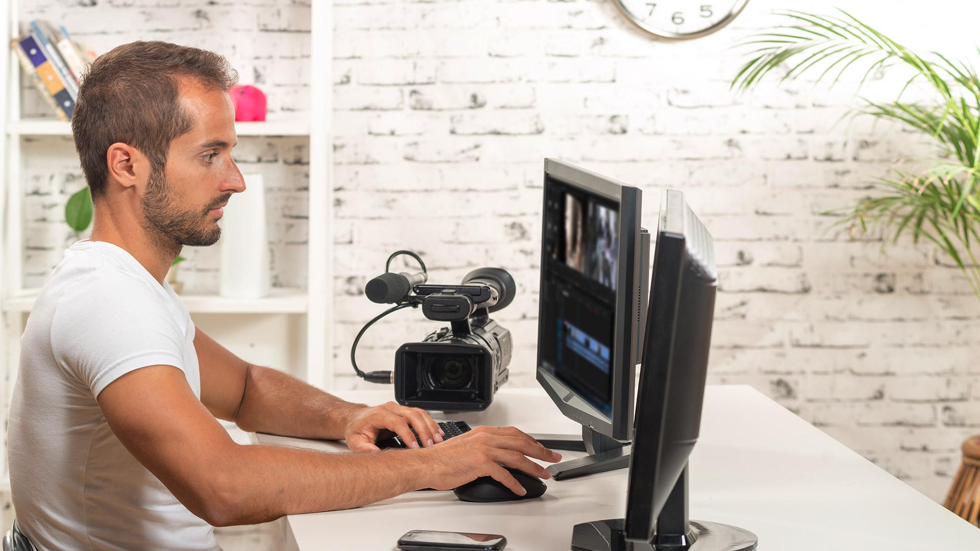 video-production-camera-desktop-computer-ss-1920