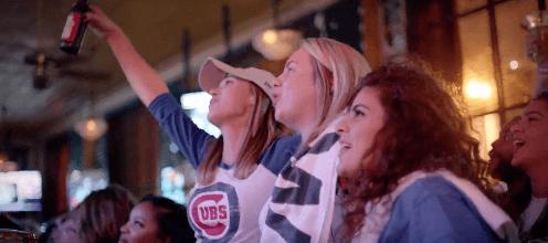 fans-celebrating