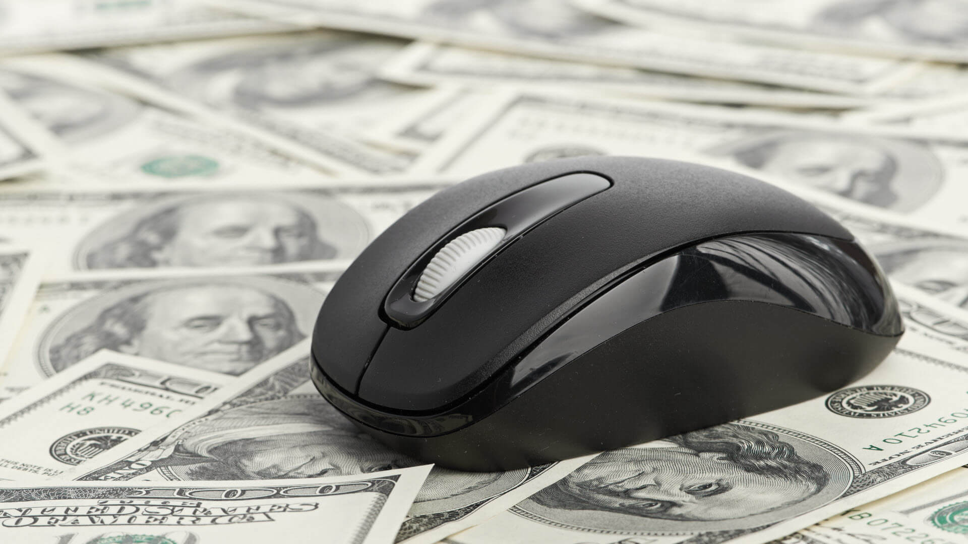 money-mouse_131046845-ss-1920
