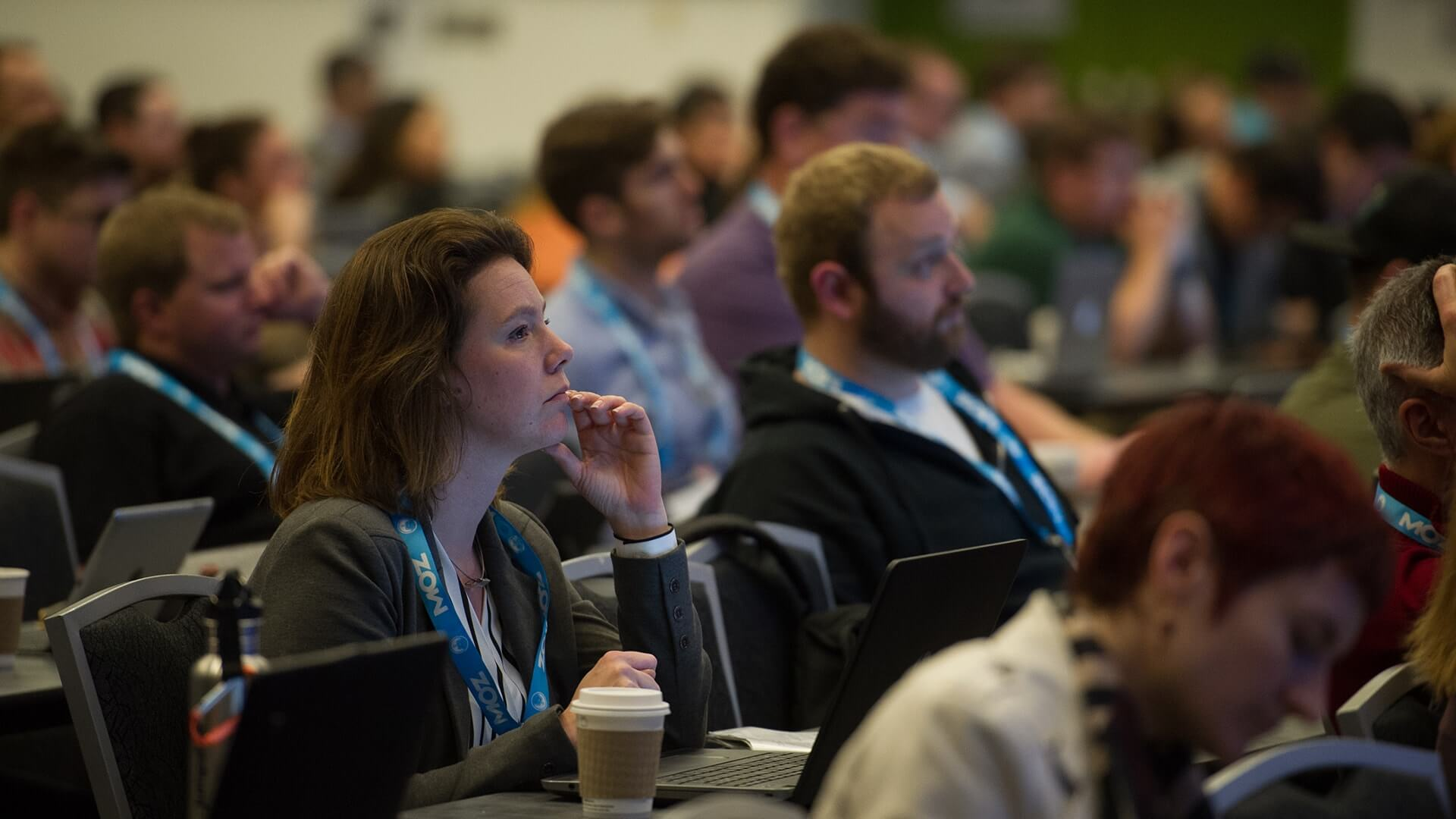 smx-attendee-female-1920px