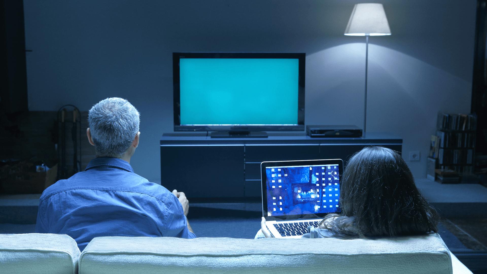 watching-tv_ss_1920
